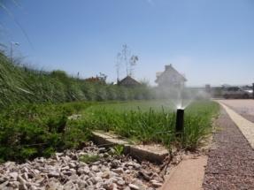 automatyczny-system-nawadniania-trawnika